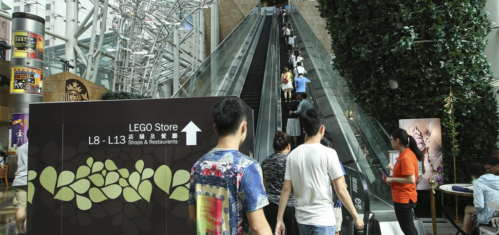 Lift firm Otis fined HK$320,000 over Hong Kong shopping center escalator mishap that harmed 18